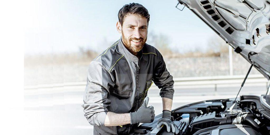 happy-carbon-clean-engineer